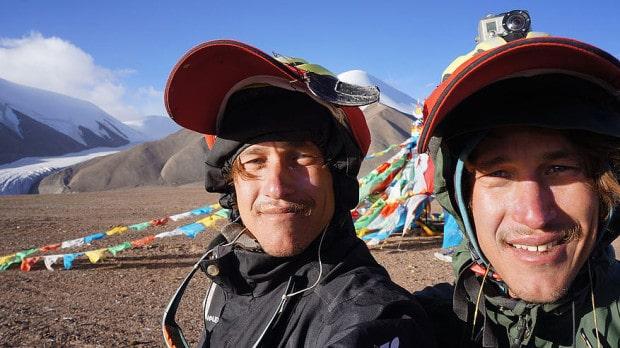 Zwei nach Shanghai: Am höchsten Punkt der Tour im Himalaya Gebirge