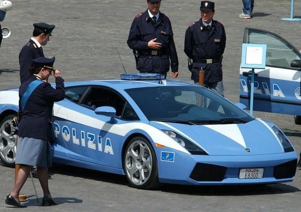 Lamborghini Dienstwagen bei italienischer Polizei