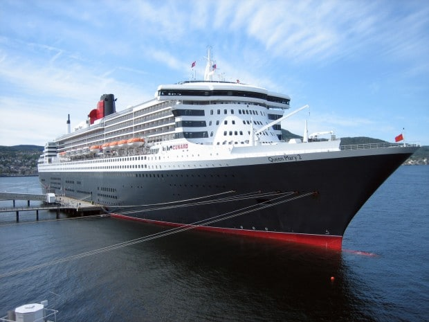 queen-mary-2-10