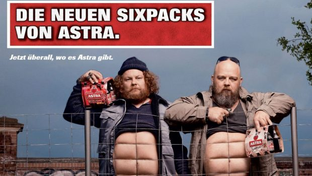 astra-bier-sixpack
