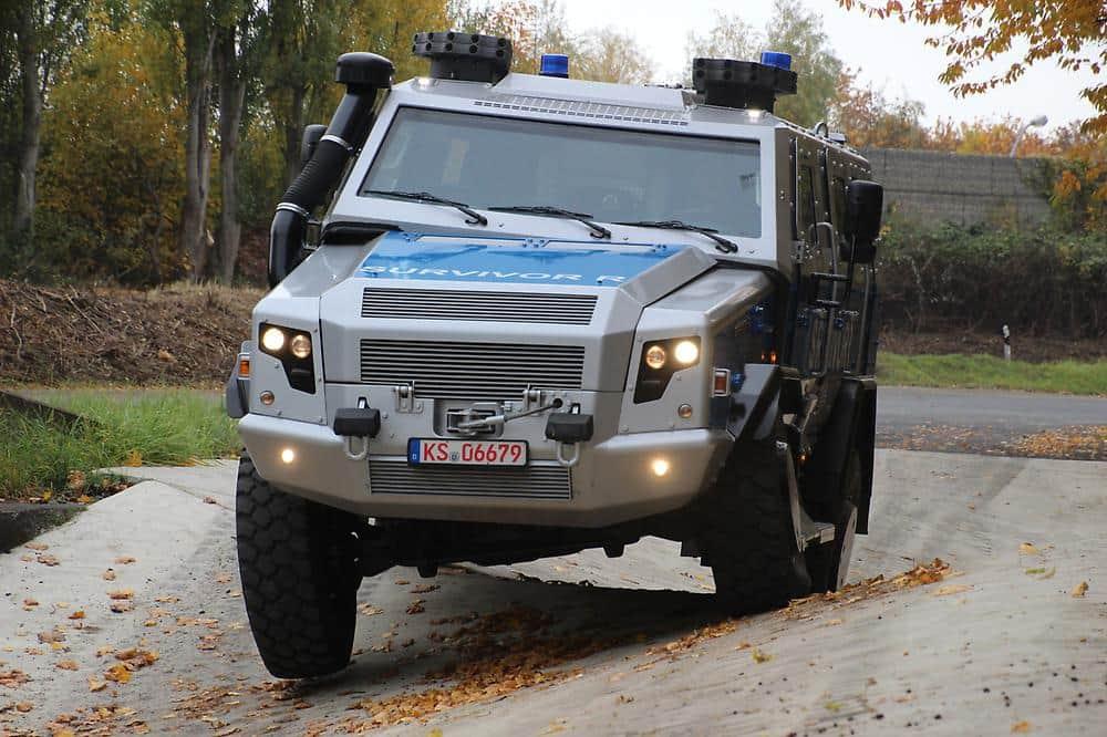 Survivor R - der sicherste 'Streifenwagen' Deutschlands