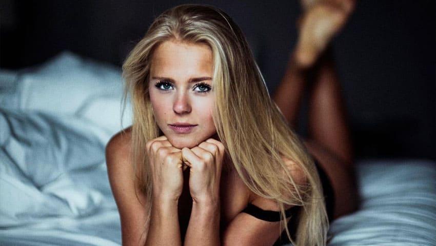 hübsche blondinen