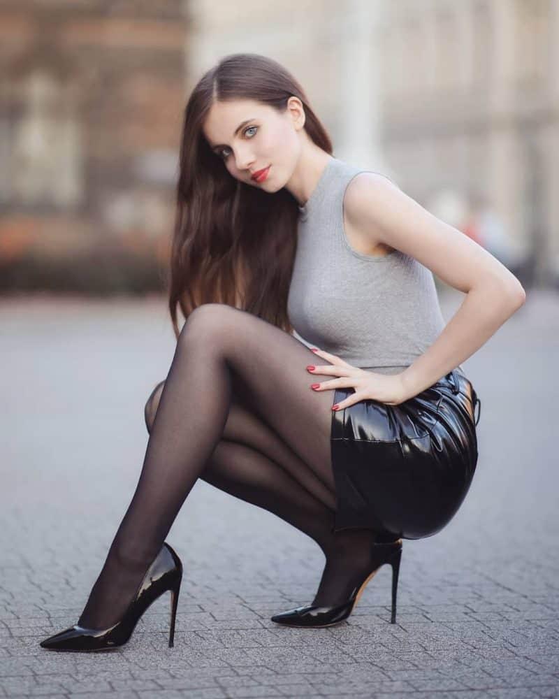 Ariadna Majewska - polnische Eleganz von ihrer sexy Seite